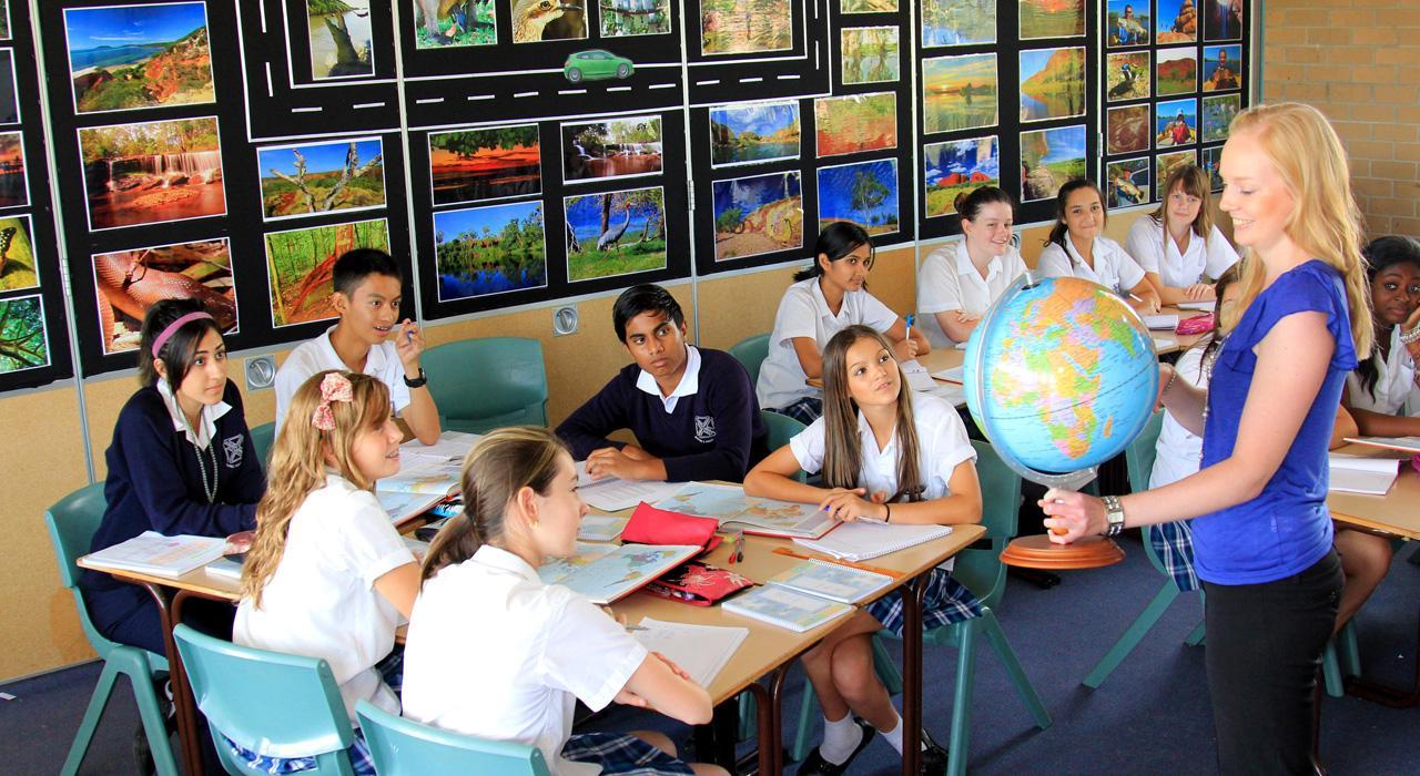 Posgrado en Nuevas Tecnologías en Geografía e Historia en Educación Primaria