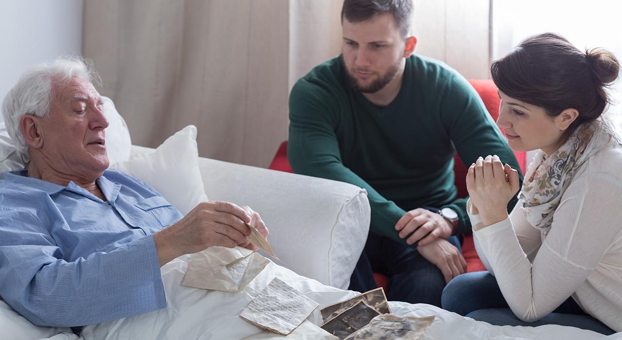 Programa en Cuidados Paliativos  y Familia para Enfermería