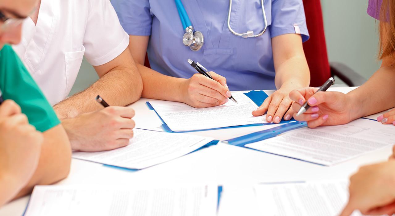 Programa en Gestión de Procesos y Toma de Decisiones para Enfermería