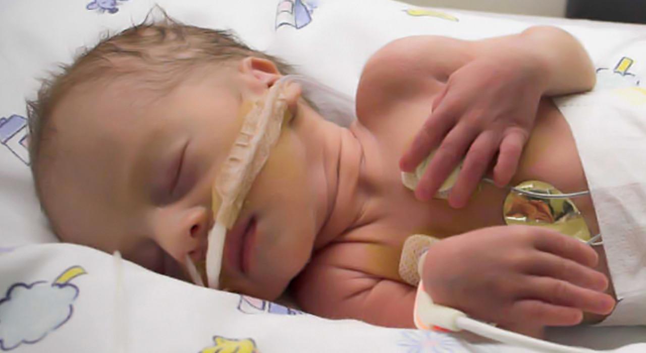 Formación en Cuidados del Recién Nacido Patológico para Enfermería