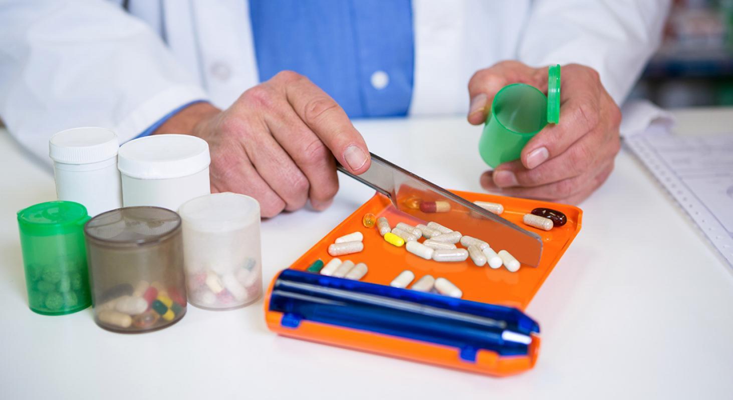 Elaboración y Desarrollo de Medicamentos Individualizados