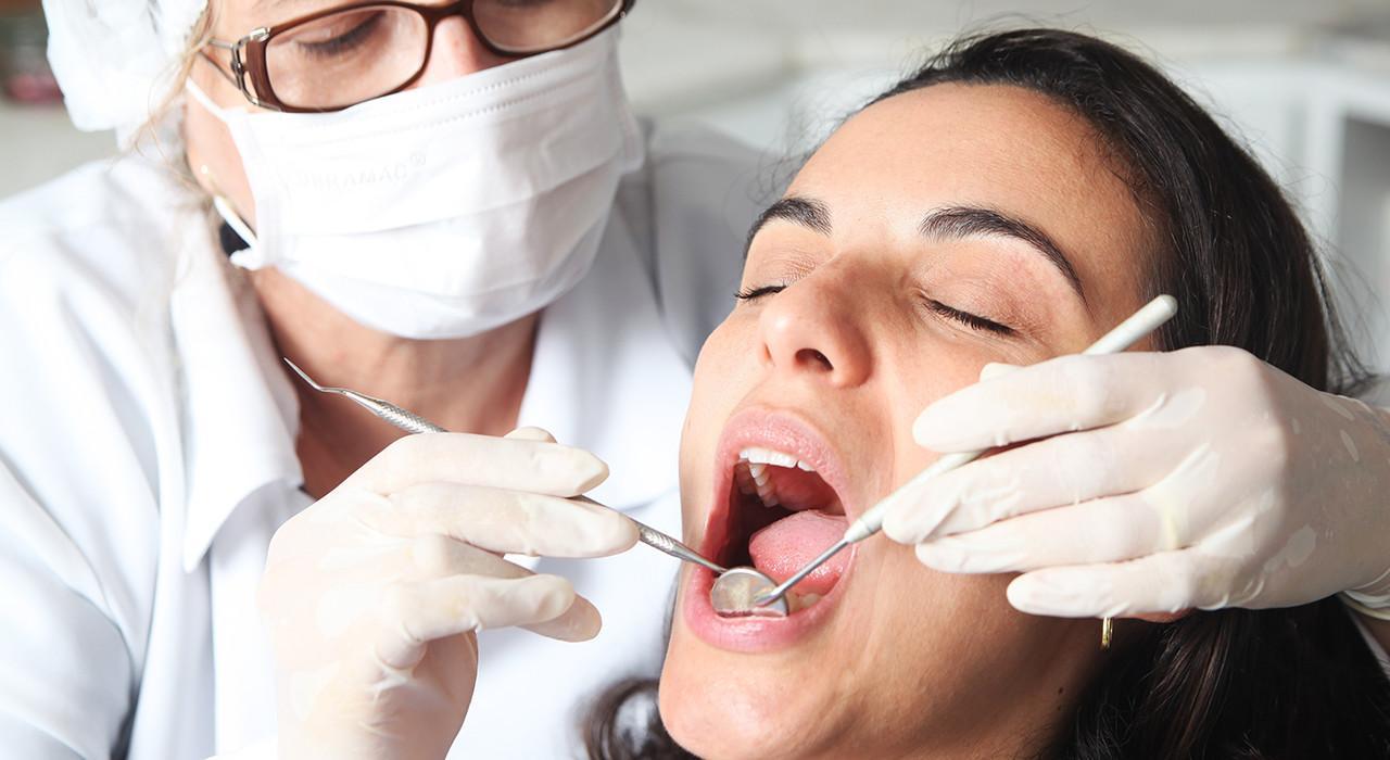Posgrado en Utilización de Porcelanas en Odontología