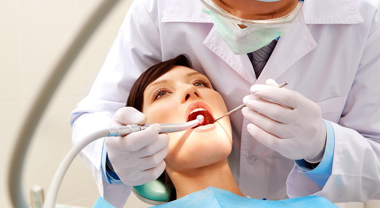 Magister en Gestión y Dirección de Clínicas Dentales