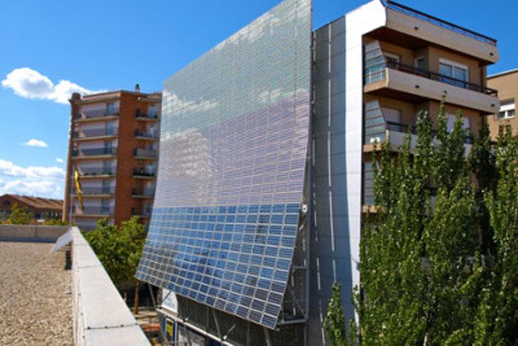 Se están revisando todos los proyectos grandes de energía.