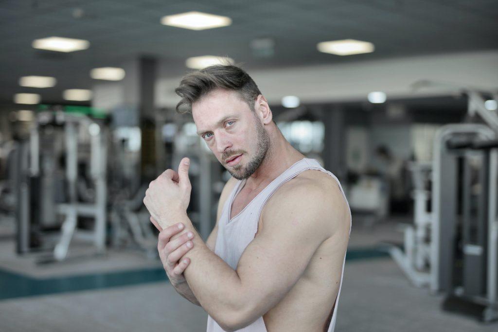 El sistema músculo esquelético debe fortalecerse con ejercicio y actividad física.