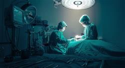 master cirugía en columna vertebral