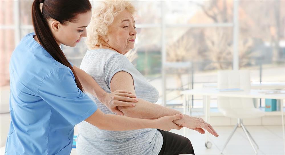 formacion abordaje de las complicaciones en el daño cerebral adquirido para el médico rehabilitador