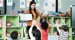 estudiar english phonetics childhood Tech Universidad