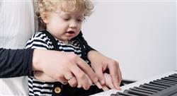 formacion socialización primaria y  secundaria y su relación con la música