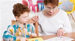 diplomado el ámbito educativo ante los alumnos y alumnas tutelados y tuteladas