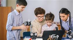grand master implementación de proyectos educativos robótica e impresión 3d