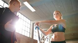 formacion monitor de gimnasio en el entrenamiento de la fuerza